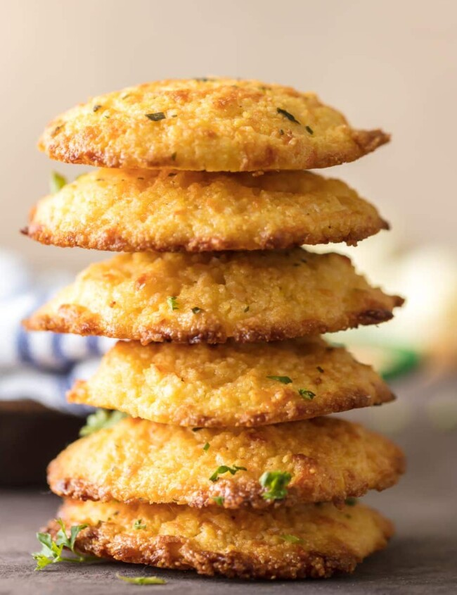 Cheesy Cornbread Drop Biscuits are EASY, delicious, and perfect for the holidays! These delicious garlic and cheese cornbread biscuits always make an appearance on our Thanksgiving and Christmas tables. This easy cornbread recipe can be made in no time with the help of cornbread mix and a few extra ingredients!