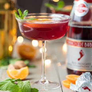 Sparkling Holiday Flirtini