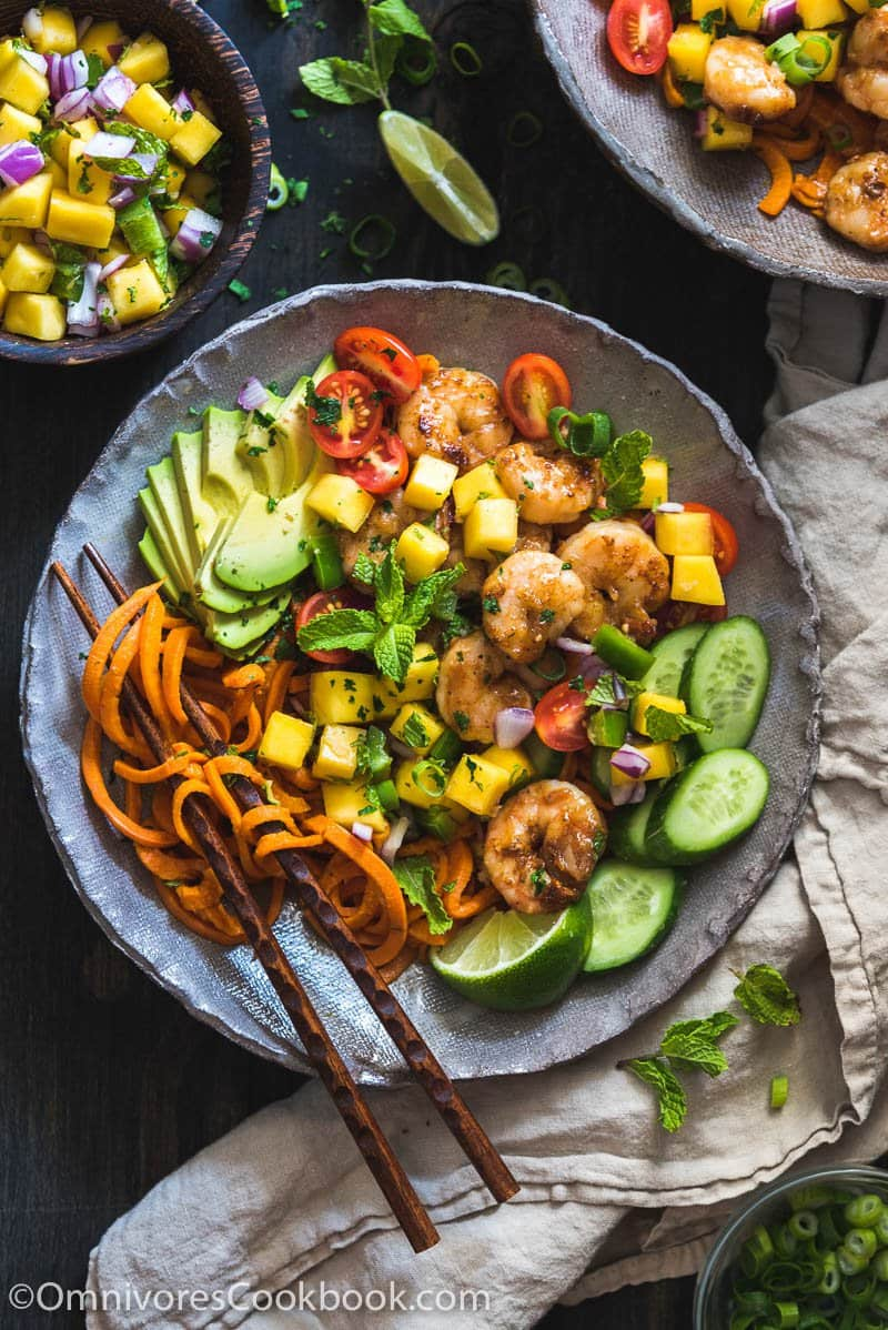 Shrimp Salad Bowl with Mango Salsa | Omnivore's Cookbook