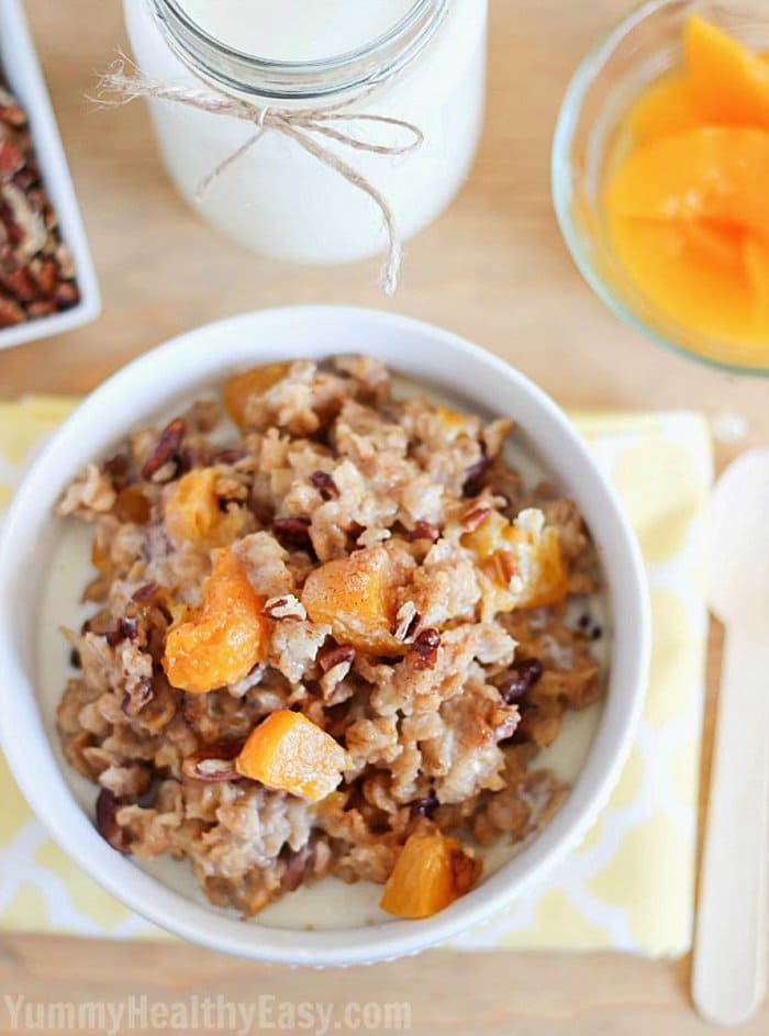 Slow Cooker Peach Oatmeal | Yummy Healthy Easy