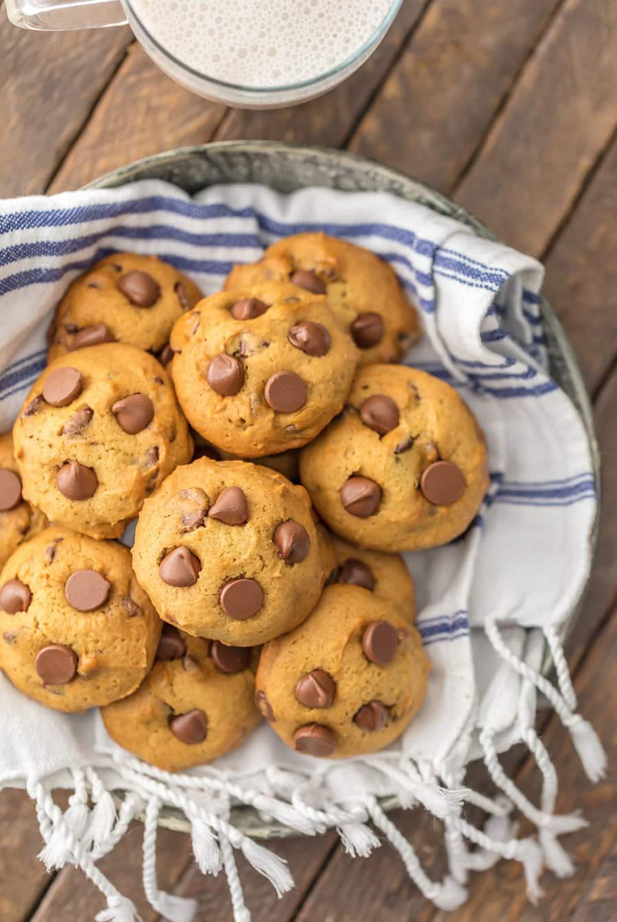 Applesauce Chocolate Chip Cookies | The Cookie Rookie