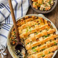 Chicken Pot Pie Casserole (EASY Chicken Pot Pie Recipe)