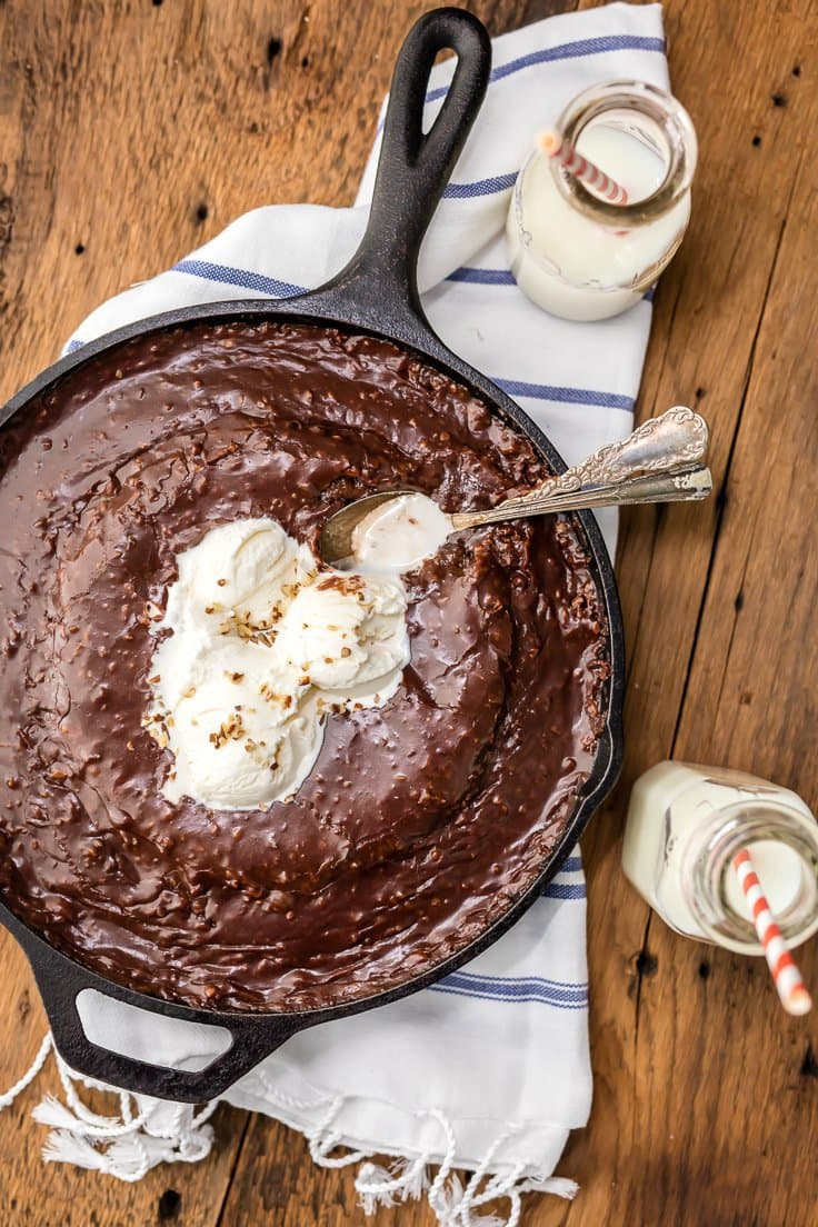 Gooey Texas Sheet Cake Skillet | The Cookie Rookie
