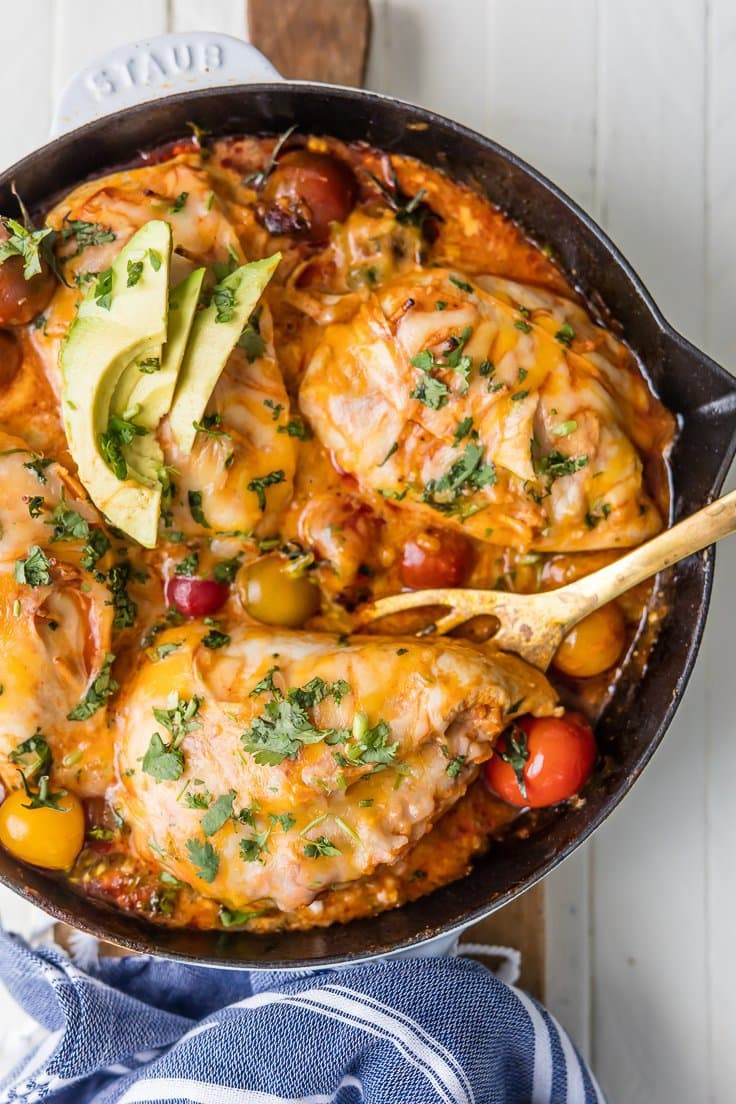 Enchilada Stuffed Chicken Skillet | The Cookie Rookie