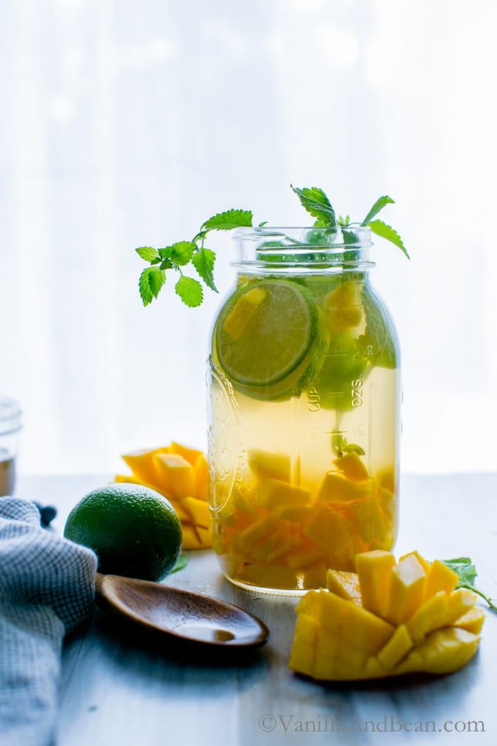 Mango Sangria | Vanilla and Bean
