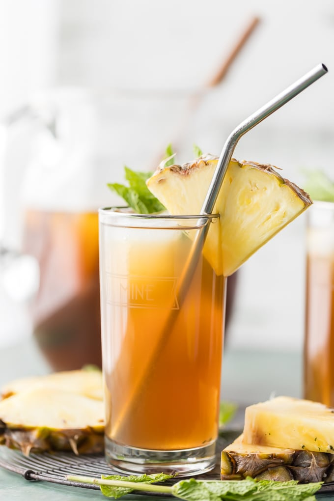 Cheers to Summer with SKINNY PINEAPPLE SWEET TEA! Sweetened with a dash of stevia and 100% pineapple juice for just the right guilt-free refreshment on a hot day.