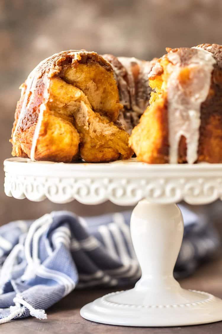 Pumpkin Pie Monkey Bread | The Cookie Rookie