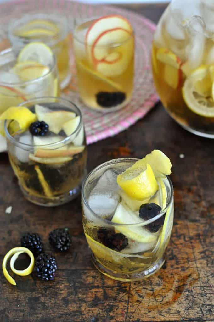 Apple Blackberry Hard Cider Sangria | Hola Jalapeno