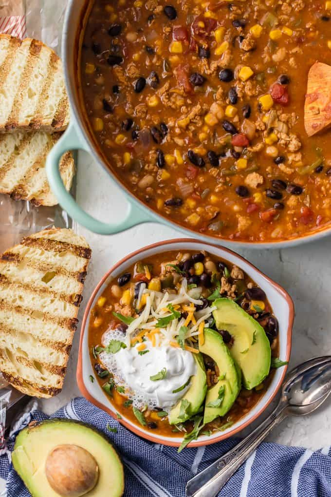 Turkey Chili, or Southwest Healthy Chili Recipe is such a delicious and flavorful one pot recipe. This HEALTHY TURKEY CHILI packs so much flavor for so little effort. I just love the flavors in this Southwest Chili and love that you can feel great about this good for you comfort food!