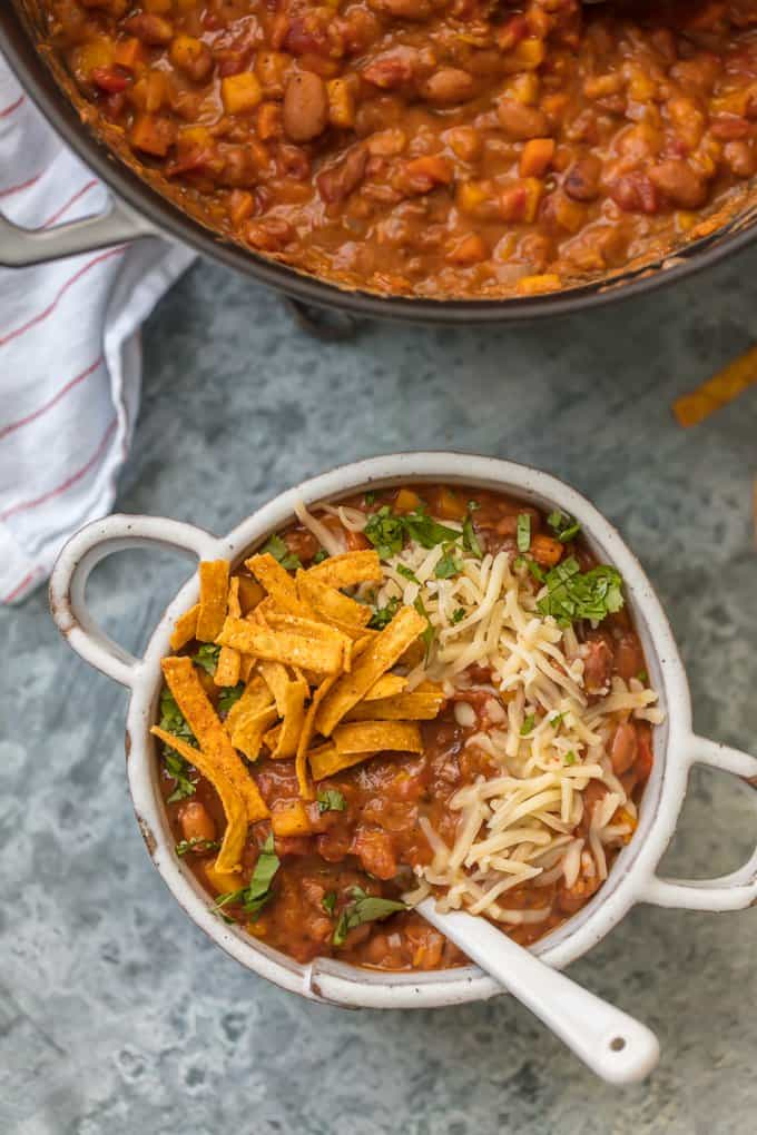 Healthy and easy vegetarian chili recipe