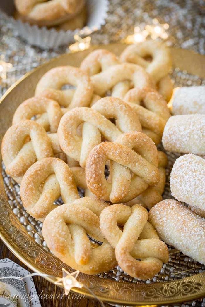 Vanilla Pretzel Cookies | Saving Room for Dessert