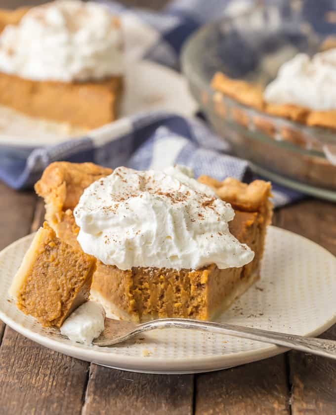 Easy Thanksgiving Desserts: Homemade Pumpkin Pie on a white plate