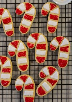 The BEST Sugar Cookie Recipe (aka Santa's favorite cookies)are soft sugar cutout cookies, festively decorated with sweet icing. This Easy Sugar Cookie Recipe checks all the boxes!We call this easy sugar cookie recipe SANTA'S FAVORITE COOKIE RECIPE because it's simple, classic, fluffy, and delicious. We love to decorate them with the kids to leave under the tree for Santa.