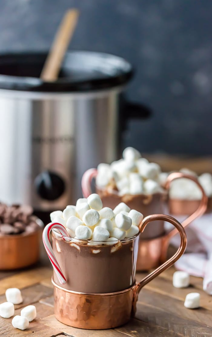 Slow Cooker Peppermint Hot Chocolate | The Cookie Rookie