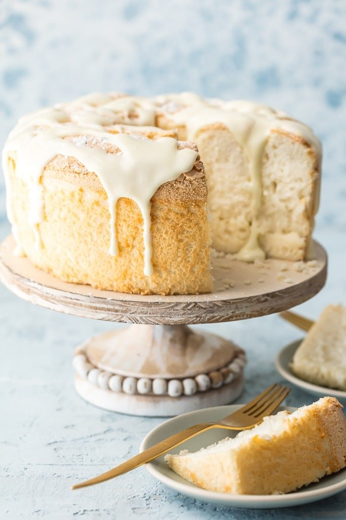 Easy angel food cake recipe how to make angel food cake this truly easy angel food cake recipe is an absolute game changer no more sifting forumfinder Image collections