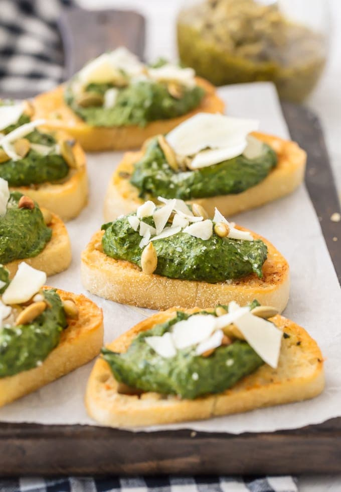 crostini topped with spinach dip