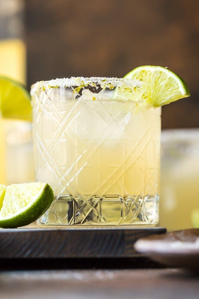 up close shot of best margarita recipe in glass
