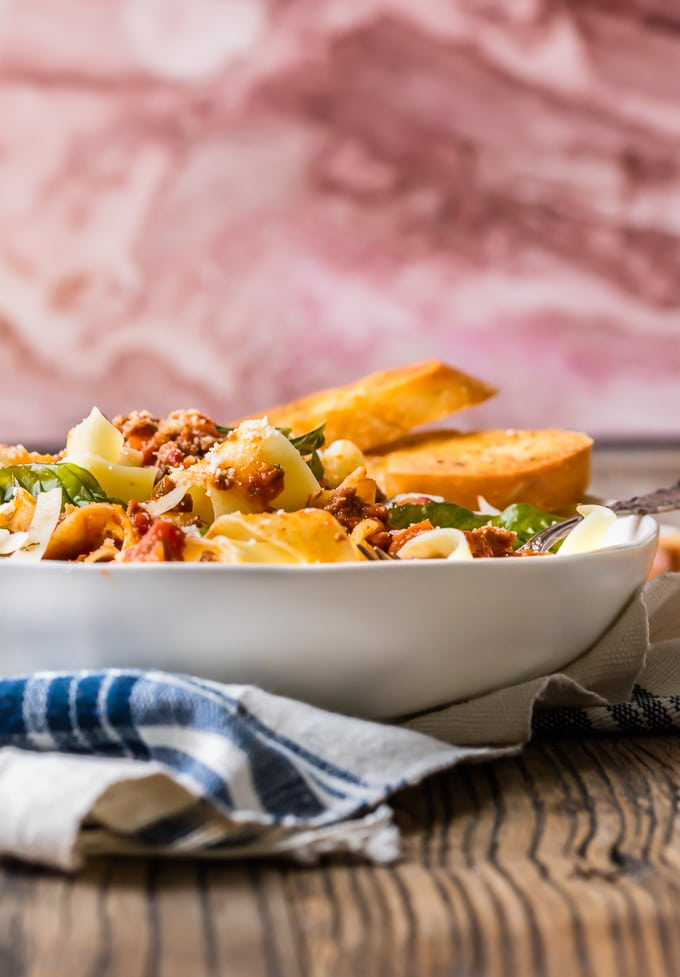 Pasta bolognese in a white bowl