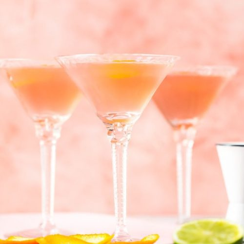 Cosmo Recipe For A Crowd (How To Make A Cosmopolitan