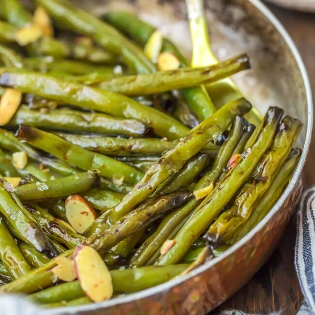 green beans with almonds in skillet