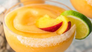Skinny Peach Frozen Margarita Recipe