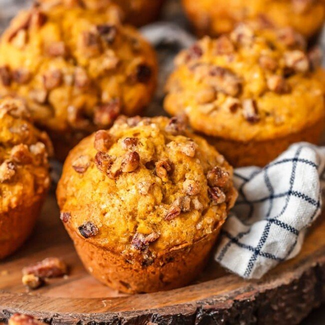 Pumpkin Muffins are the perfect fall treat! Nothing says autumn like pumpkin, and these Pumpkin Spice Muffins are my absolute favorite. This easy pumpkin muffins recipe is sweet and flavorful.