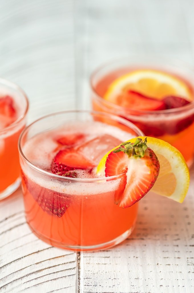 3 glasses of strawberry lemonade summer punch