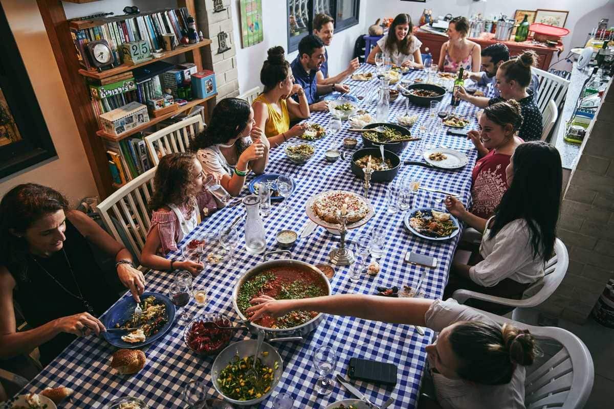 shabbat dinner in Tel Aviv Israel