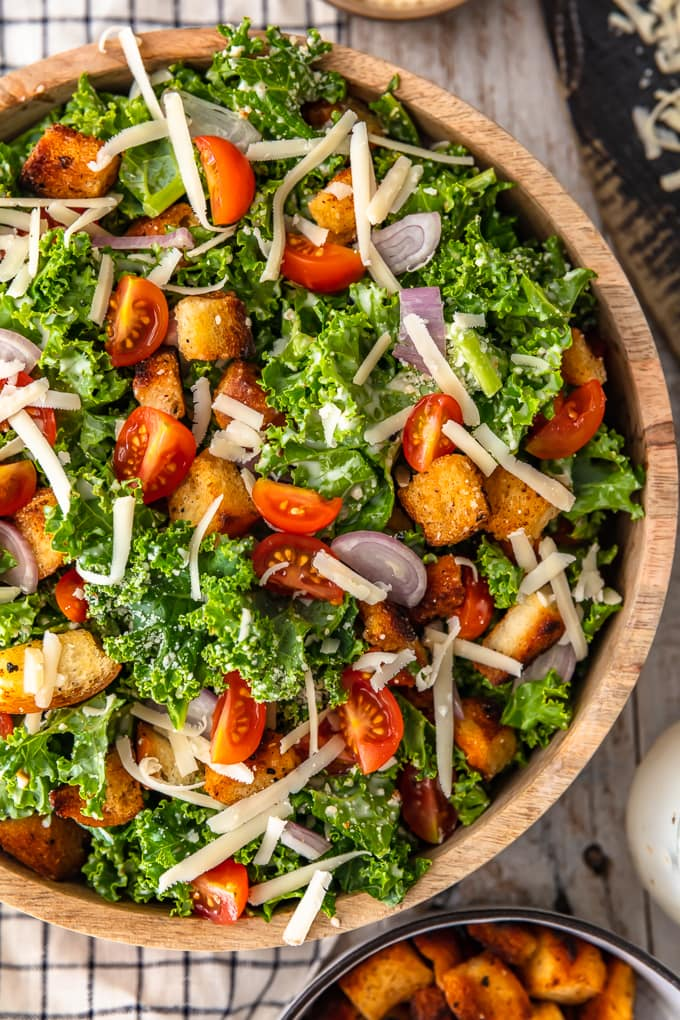 kale salad with croutons