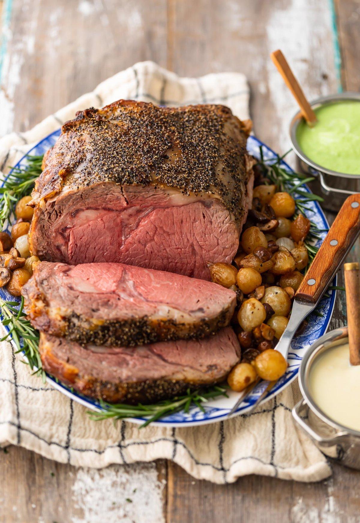 a plate of prime rib roast