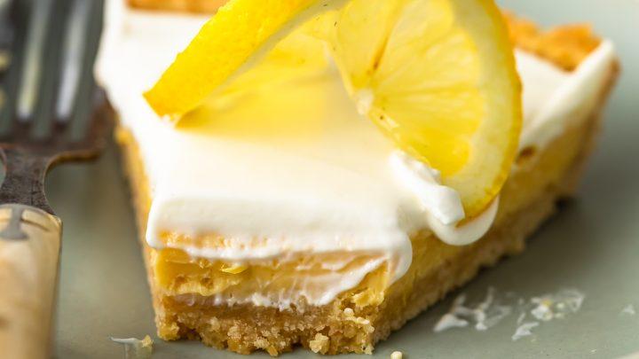 Sour Cream Lemon Pie Recipe with Saltine Cracker Crust