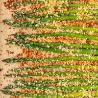 Crispy Garlic Roasted Asparagus (with Garlic Aioli)