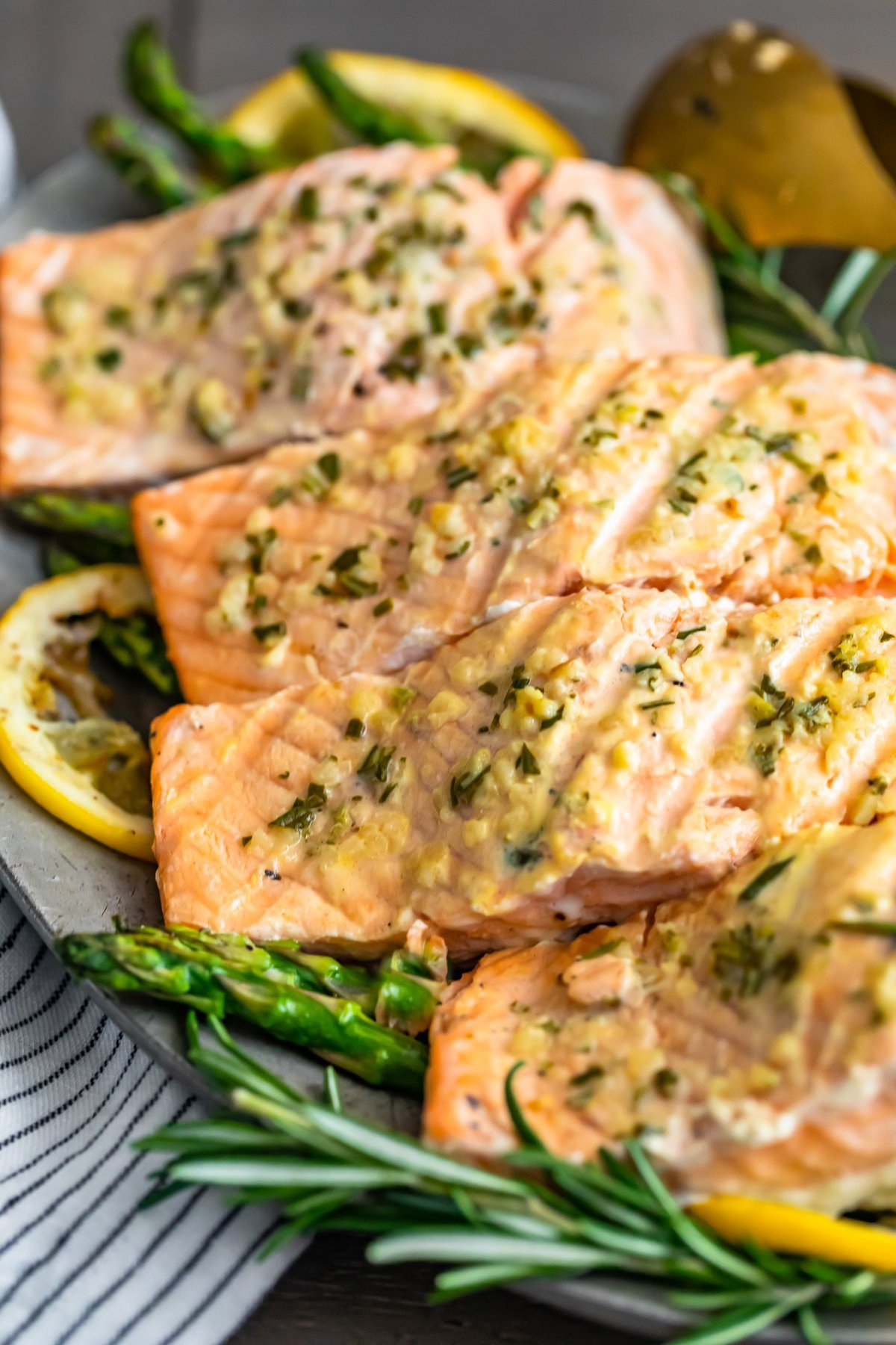 grilled garlic butter salmon fillets
