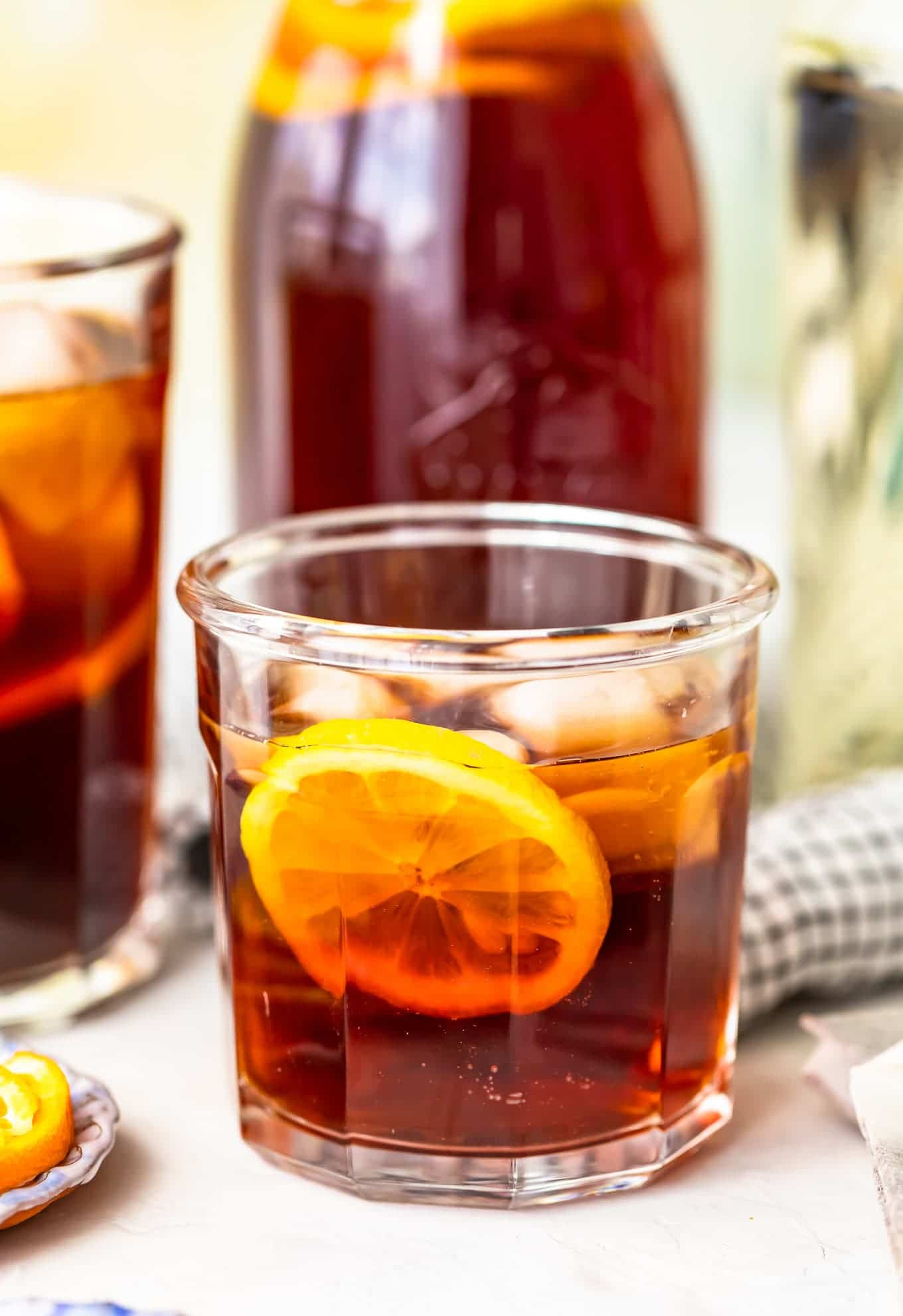 Close up of homemade sweet tea in a glass with a lemon slice