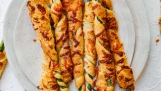 Cheesy Asparagus Crescent Roll Appetizers