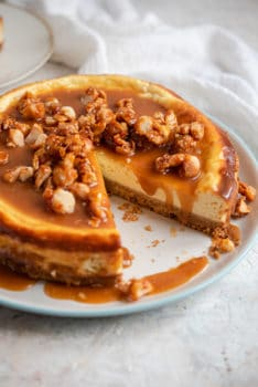 A caramel cheesecake on a plate