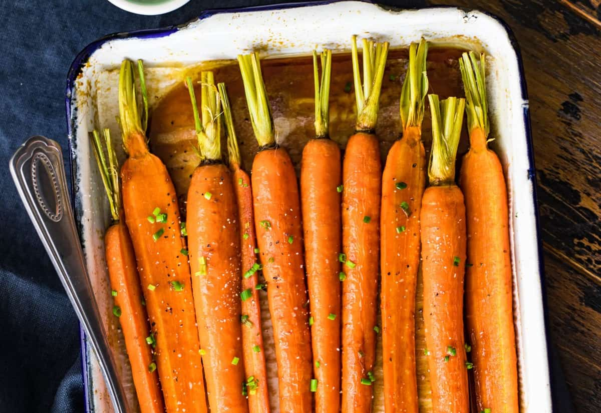 Roasted carrots ready to serve
