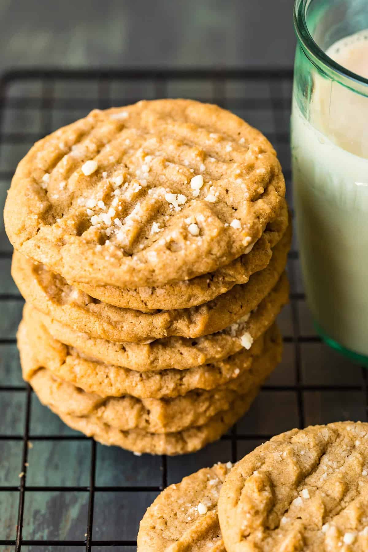 Six cookies stacked on top of each other