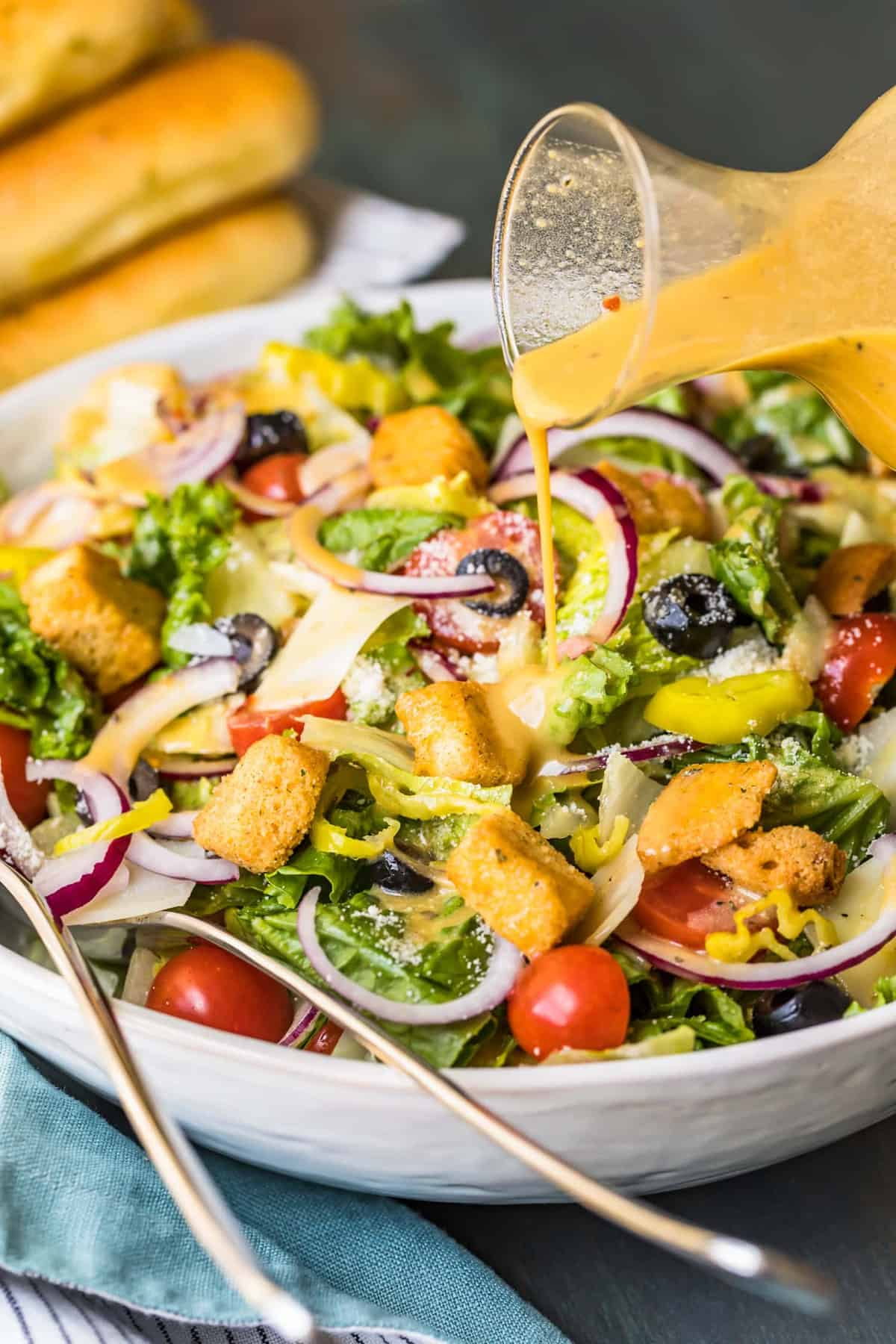 Olive Garden Salad With Copycat Dressing Video