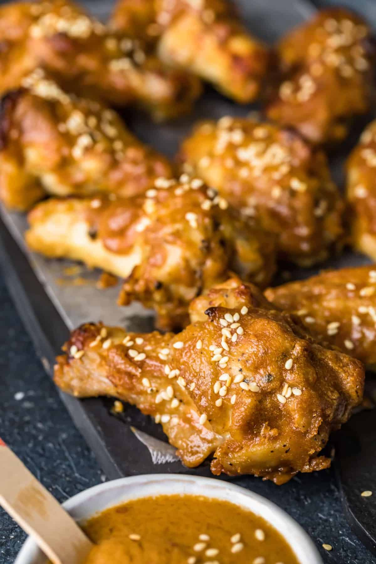 Sesame seeds sprinkled on the baked wings