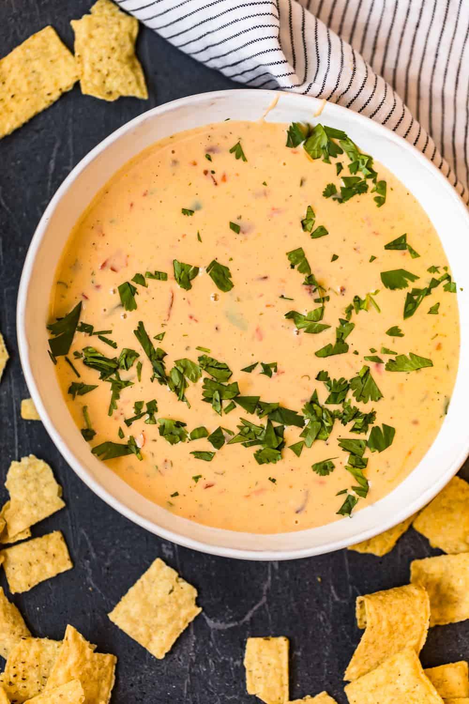 bowl of crock pot queso