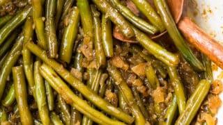 Green Beans and Bacon Recipe  (Pennsylvania Dutch Beans)