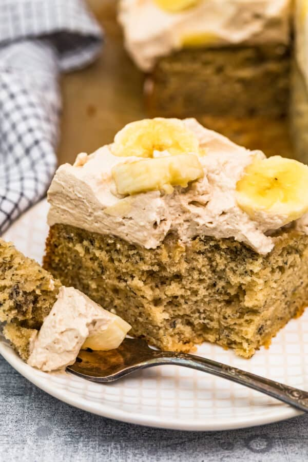 up close shot of banana cake