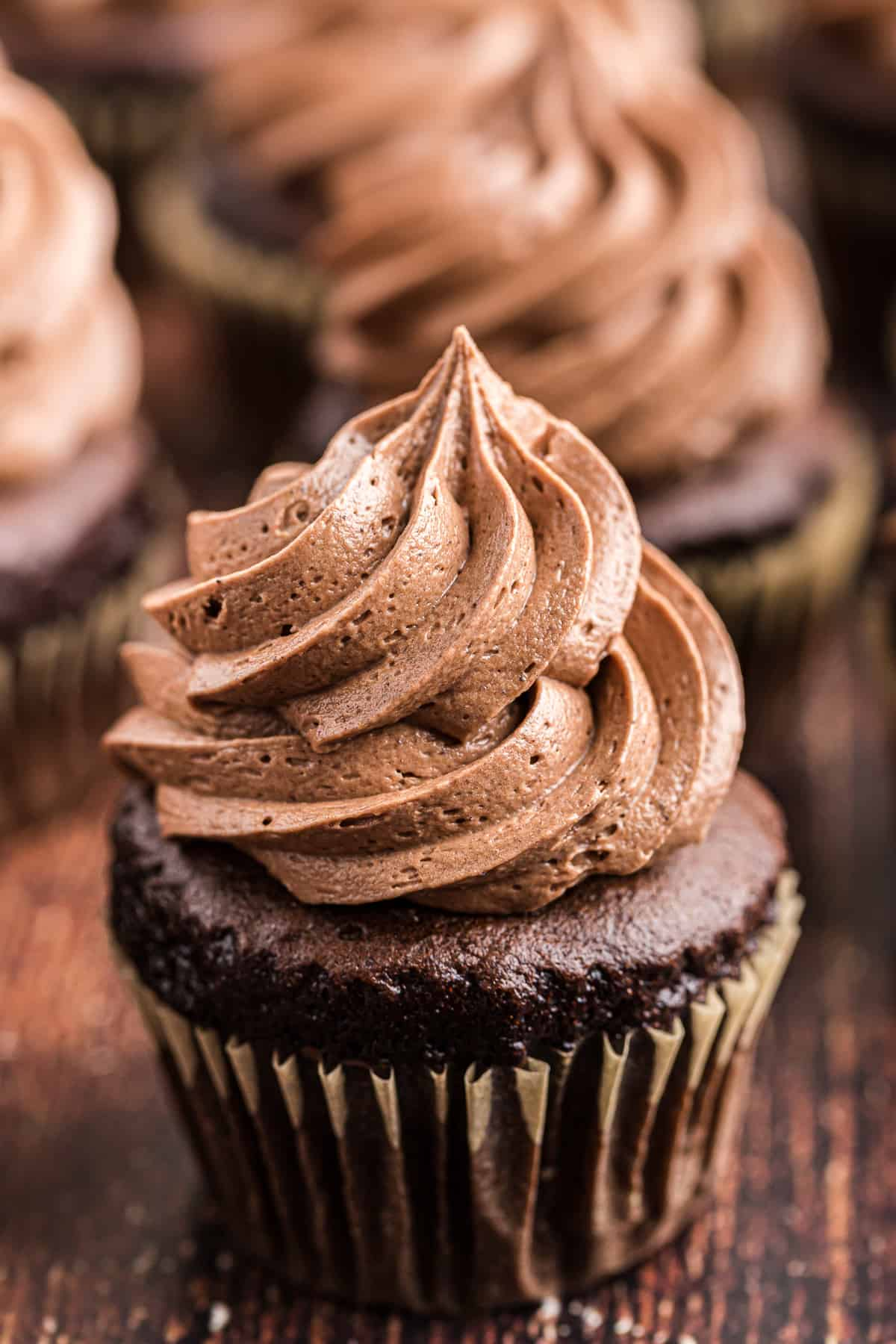 Chocolate Buttercream Frosting Recipe The Cookie Rookie