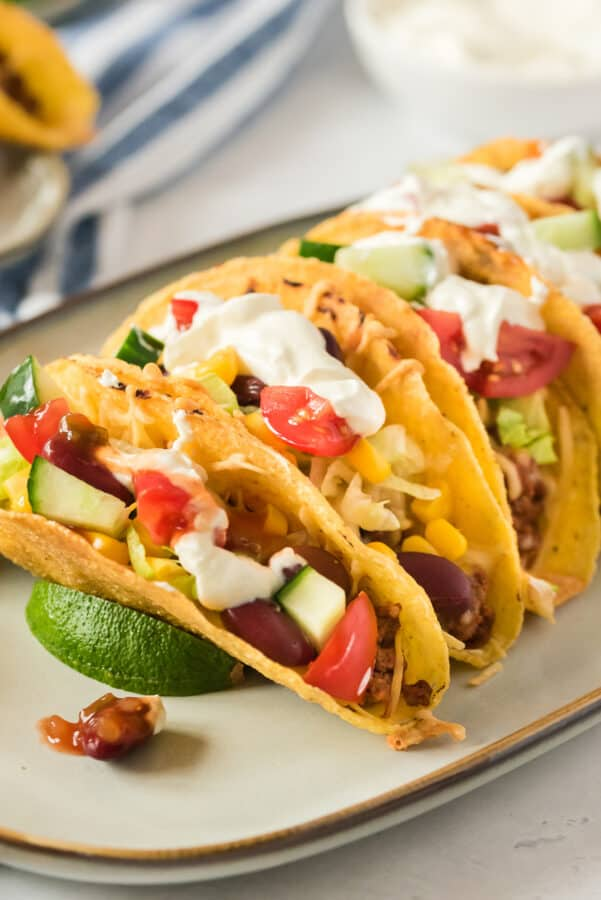 ground beef tacos with toppings