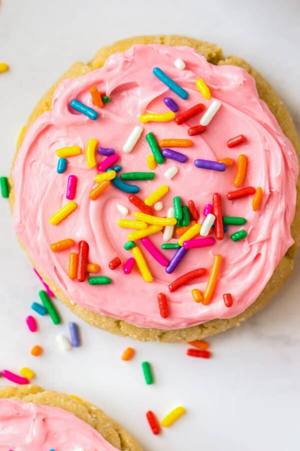 up close image of frosted sugar cookie