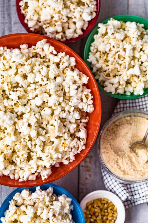 popcorn with seasoning in bowls