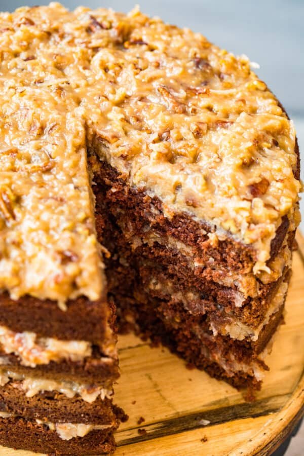 overhead pic of frosted german chocolate cake