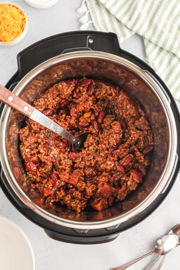 chili made in an instant pot