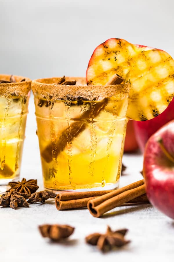 apple cider margaritas with cinnamon sticks